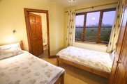Elderberry En-suite Twin Room